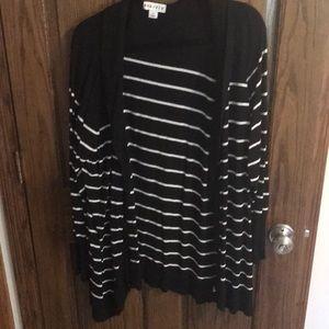 Ava & Viv black and white striped cardigan size 3x
